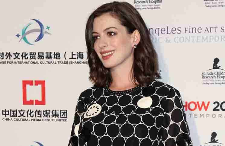 Anne Hathaway - LA Art Show and Los Angeles Fine Art Show's 2016 Opening Night