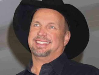 Garth Brooks Announces 2016 Las Vegas Arena Shows on December 3, 2015