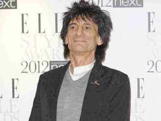 Ronnie Wood: Operation an der Lunge - Promi Klatsch und Tratsch