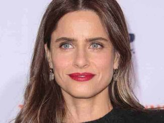 "Amanda Peet - ""The People v. O.J. Simpson: American Crime Story"" TV Series Los Angeles Premiere"