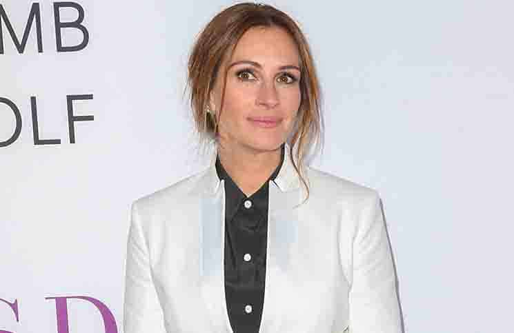 "Julia Roberts - ""Mother's Day"" World Premiere"
