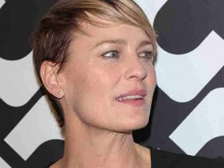 "Robin Wright - Diane Von Furstenberg's ""Journey of a Dress"" Exhibition Los Angeles Premiere"