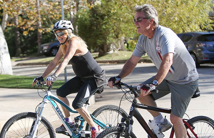 Goldie Hawn and Kurt Russell Sighted Biking in Los Angeles on October 31, 2015