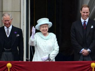 Prinz Charles, Queen Elizabeth II. und Prinz William