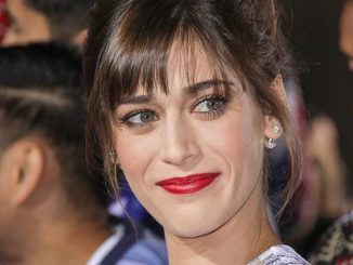 "Lizzy Caplan - ""The Night Before"" Los Angeles Premiere"