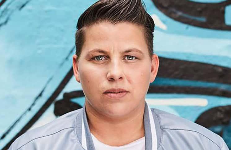 Kerstin Ott schlägt Helene Fischer - Musik News