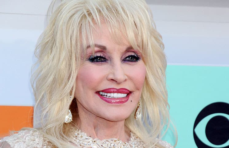 Dolly Parton - 51st Academy of Country Music Awards - Arrivals