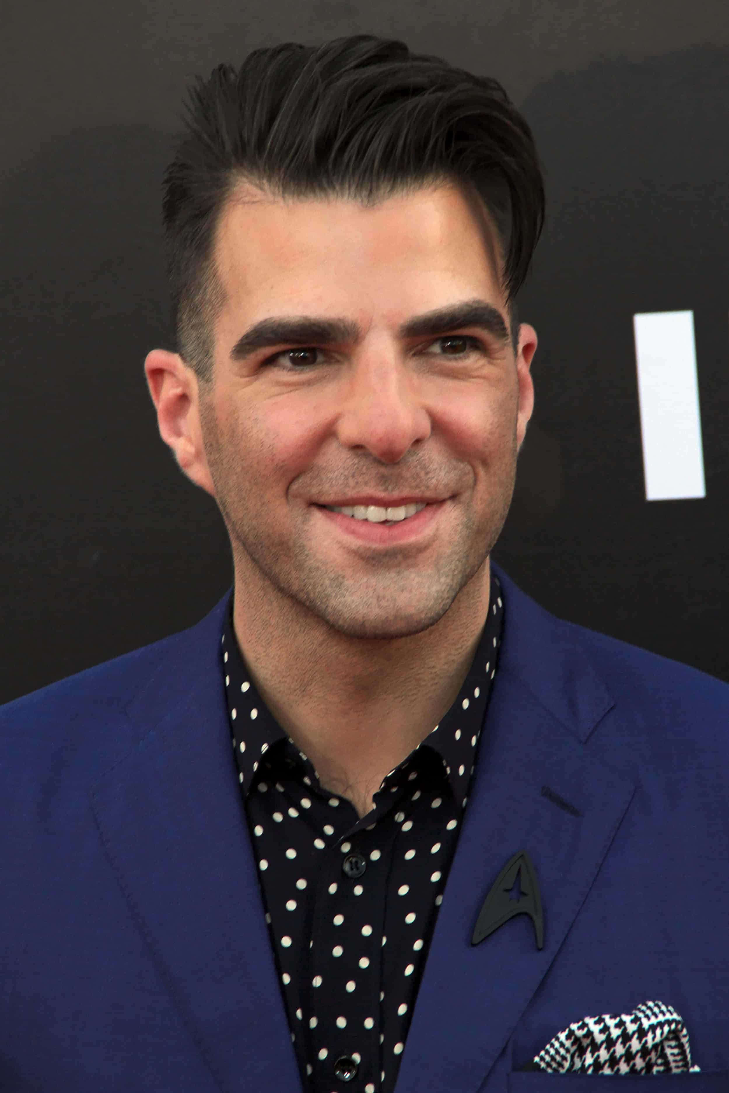 Zachary Quinto Celebrates 4 Years of Sobriety | PEOPLE.com