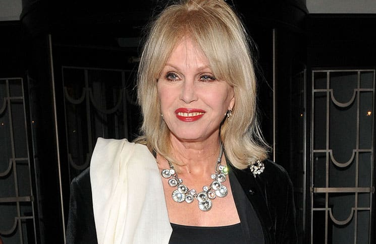 "Joanna Lumley und das Remake von ""Are You Being Served?"" - TV News"