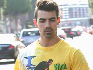 Joe Jonas Sighted in Los Angeles on October 12, 2016