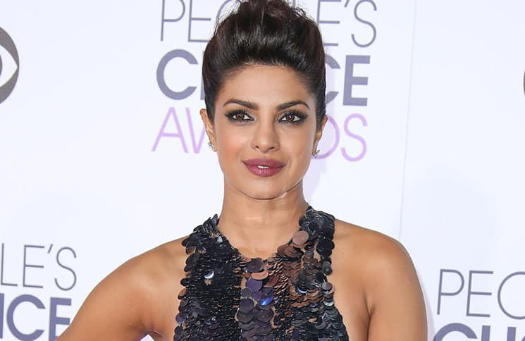 Priyanka Chopra - People's Choice Awards 2016