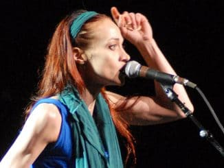 Fiona Apple in Concert at The Chicago Theater in Chicago - July 10, 2012 - 2