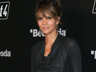 """Halle Berry - """"Fallout 4"""" Video Game Launch Party - 2"""