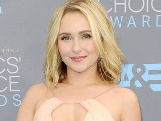 Hayden Panettiere - The 21st Annual Critics' Choice Awards