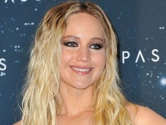 "Jennifer Lawrence - ""Passengers"" Berlin Photocall"