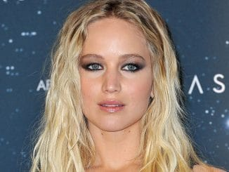 "Jennifer Lawrence - ""Passengers"" Berlin Photocall - 2"