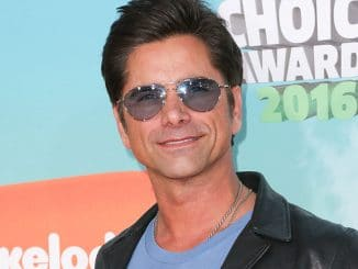 John Stamos - Nickelodeon's 2016 Kids' Choice Awards