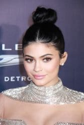 Kylie Jenner - NBCUniversal's 74th Annual Golden Globes After Party - 2