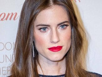Allison Williams - 8th Annual Blossom Ball Benefiting The Endometriosis Foundation of America