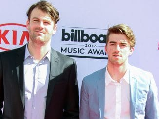The Chainsmokers - 2016 Billboard Music Awards