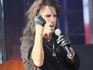 "Alice Cooper in Concert at the ""Jimmy Kimmel Live!"" Studio in Los Angeles - October 31, 2016"