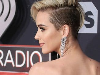 Katy Perry - 2017 iHeartRadio Music Awards - 4