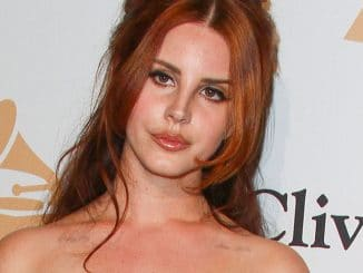 Lana Del Rey - 2016 Clive Davis Pre-Grammy Gala and Salute to Industry Icons - 2