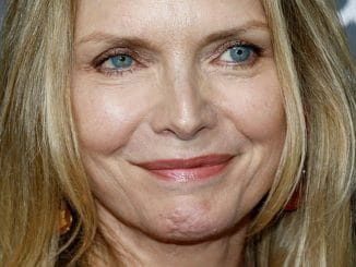 "Michelle Pfeiffer - Amazon's ""Goliath"" Los Angeles Premiere"