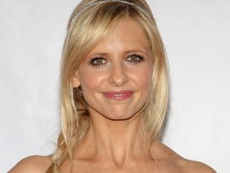 "Sarah Michelle Gellar - The Trevor Project's 2013 ""TrevorLIVE LA"" Event"