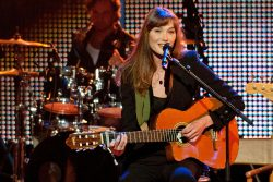 Carla Bruni - Echo Awards 2012