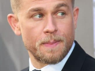 "Charlie Hunnam - ""King Arthur: Legend of the Sword"" Los Angeles Premiere - 2"