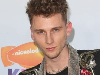 Machine Gun Kelly - Nickelodeon's 2017 Kids' Choice Awards
