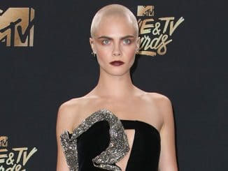 Cara Delevingne - 2017 MTV Movie and TV Awards
