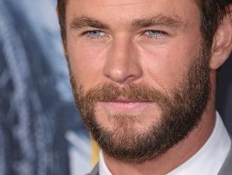 "Chris Hemsworth - ""The Huntsman: Winter's War"" Los Angeles Premiere - Arrivals"
