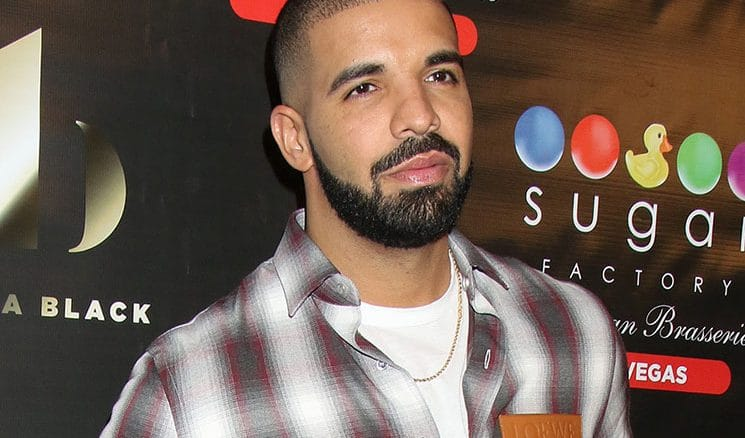 """Drake Debuts New """"Night Owl"""" Goblet Made with Virginia Black Whiskey at Sugar Factory American Brasserie in Las Vegas"""