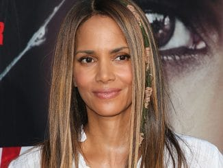 "Halle Berry - ""Kidnap"" Los Angeles Premiere"