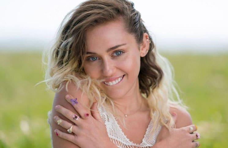 Miley Cyrus bedankt sich bei Hillary Clinton - Promi Klatsch und Tratsch