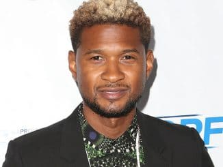 Usher Raymond IV - 2017 JDRF LA Chapter's Imagine Gala - Arrivals - The Beverly Hilton Hotel,9876 Wilshire Boulevard