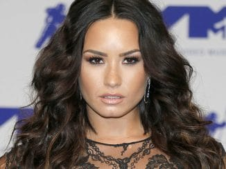 Demi Lovato - 2017 MTV Video Music Awards
