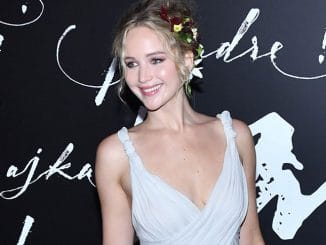 "Jennifer Lawrence - ""Mother!"" New York City Premiere"