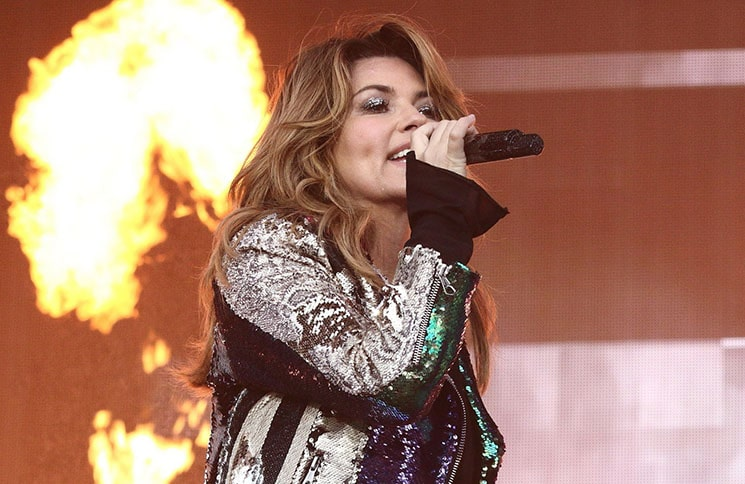 "Shania Twain über ihren Song ""Come On Over"" - Musik News"