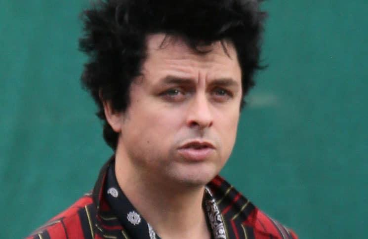 """""""Green Day"""": Billie Joe Armstrong kreiert eigenes Kosmetik-Produkt - Promi Klatsch und Tratsch"""