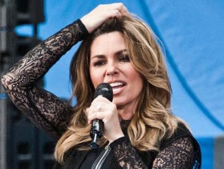 "Shania Twain in Concert on NBC's ""Today"" Show at Rockefeller Plaza in New York City - 2"