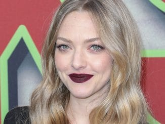 "Amanda Seyfried - Showtime's ""Twin Peaks"" TV Series Los Angeles Premiere"