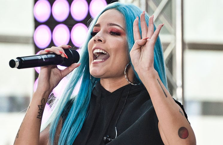 "Halsey - Halsey in Concert on NBC's ""Today"" Show at Rockefeller Plaza in New York City - 3"