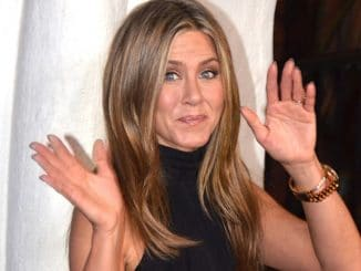 Jennifer Aniston - 30th Annual Santa Barbara International Film Festival - 3