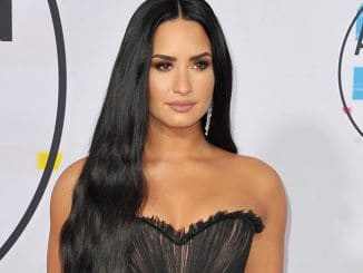 Demi Lovato - 2017 American Music Awards - 2