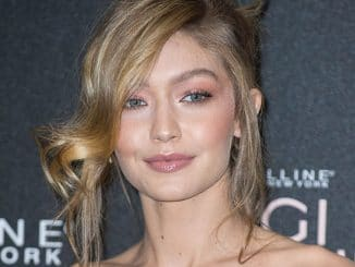 Gigi Hadid - Gigi Hadid X Maybelline Party