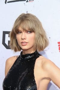 Taylor Swift - 2016 iHeartRadio Music Awards