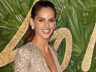 Izabel Goulart - The Fashion Awards 2017